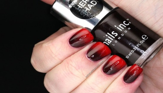 Vampy Red Gradient nails with Nails Inc Victoria and Essie Fifth Avenue 2 550x314 - Những  mẫu móng tay cho Noel ngập sắc đỏ